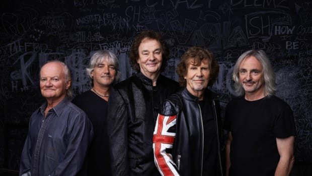 The Zombies today (left to right): Jim Rodford (bass), Steve Rodford (drums), Colin Blunstone (lead vocals), Rod Argent (keyboards) and Tom Toomey (guitar). Photo by Andrew Eccles.
