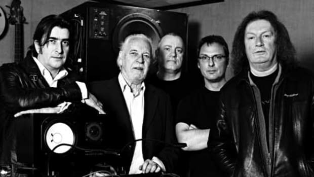 PROCOL HARUM, from left: Josh Phillips, Gary Brooker, Geoff Dunn, Matt Peg, Geoff Whitehorn. Photo by Simon Thiselton