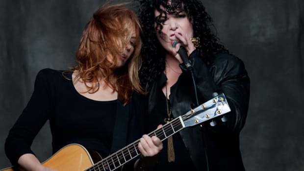 Heart Ann and Nancy Wilson