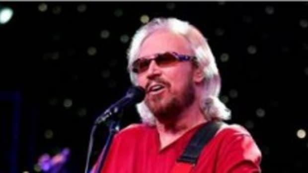 Barry Gibb publicity photo