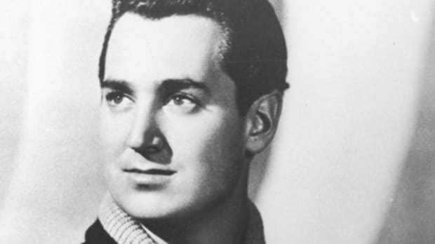 Neil Sedaka courtesy RCA