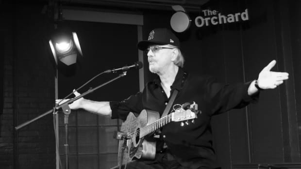 Dion DiMucci pauses between songs Oct. 21 at the Orchard offices in Manhattan. (Photo by Chris M. Junior)