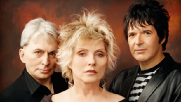 Blondie, featuring (left to right) Chris Stein, Deborah Harry, and Clem Burke, returned to their NYC home on Tuesday, August 31st and gave an excellent performance at the Nokia Theatre Times Square.