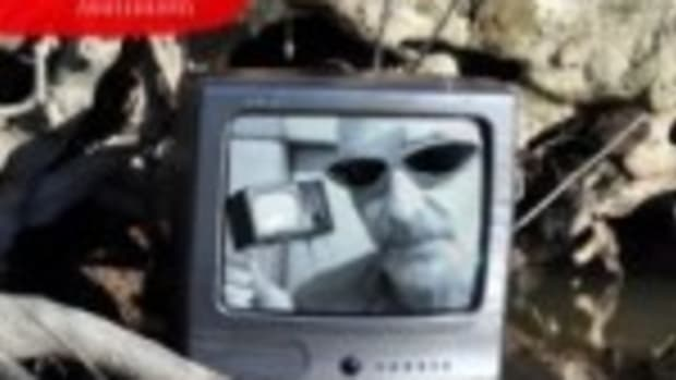"Graham Parker's ""Imaginary Television"""