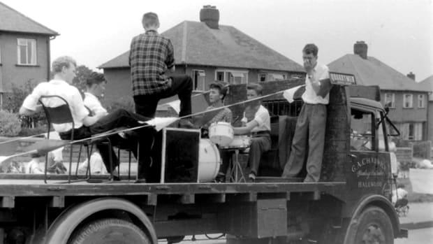 Quarrymen with John Lennon courtesy Rod Davis