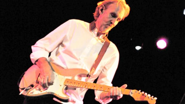 Mike Rutherford on tour with the Mechanics in NYC, March 2015. Photo by Frank White.