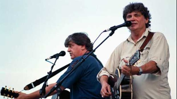 THE EVERLY BROTHERS (Phil and Don Everly) sing some of their hits at 1997's 10th annual Everly Brothers Homecoming concert in Central City, Ky. AP Photo/Messenger-Inquirer, Suzanne Feliciano