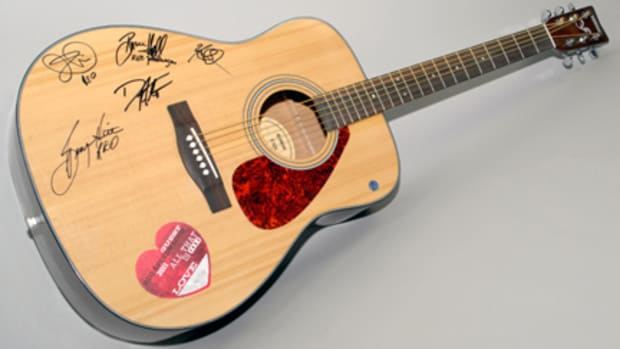 REO Speedwagon signed guitar