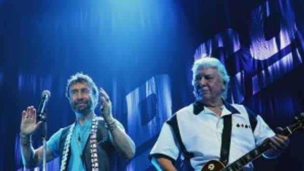 Paul Rodgers (left) and Mick Ralphs in action July 17 at the Susquehanna Bank Center in Camden, N.J. (Photo by Chris M. Junior)