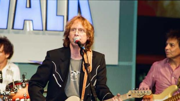Bill Mumy onstage. Photo by Karl Fredrick Anderson II