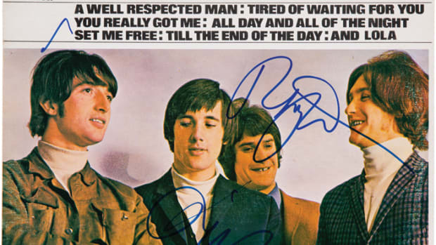 "This album cover (minus the vinyl) of ""Kinks Greatest Hits"" (Marble Arch Records MALS 1403, Canadian, 1975) was signed by both Ray and Dave Davies and sold by Heritage Auctions this year for a cool $400. Photo image courtesy of HA.com."