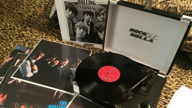 "The Rock 'N' Rolla ""Premium"" portable turntable rocks ""The Rolling Stones In Mono."""