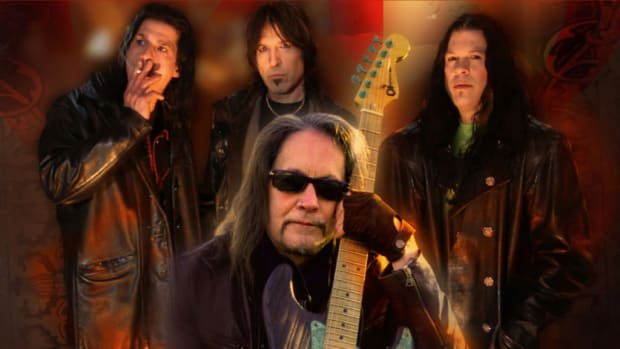 Jake E Lee (front, middle) in his bad, Red Dragon Cartel. (Image courtesy of Red Dragon Cartel.)