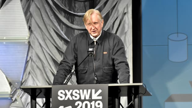 T Bone Burnett speaks March 13 at the Hilton Austin Downtown. (Photo by Chris M. Junior)