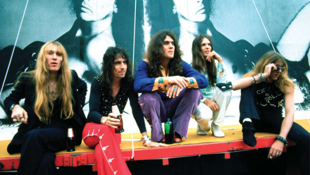 The Alice Cooper Band in June 1972 (L-R): Neal Smith, Alice Cooper, Michael Bruce, Dennis Dunaway, Glen Buxton. (Photo by Michael Putland/Getty Images)
