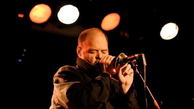 David Thomas of Pere Ubu performing at The Garage in London, England. (Photo by Andy Sheppard/Redferns)