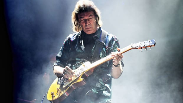 Steve Hackett, the former Genesis and GTR axeman, and his talented backing band performed the 1973 Genesis album Selling England By The Pound in its entirety as well as other Genesis and solo songs at his Wednesday, September 25th show at the Beacon Theatre in Manhattan. (Photo by Lee Millward)