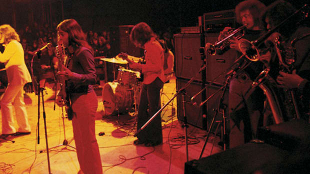 The Kinks live, 1972 (Photo courtesy of Sony Music Archives)