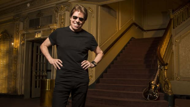 George Thorogood in 2017. Publicity photo.