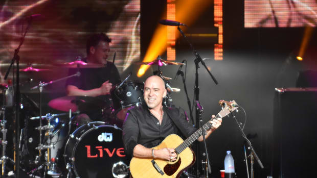 """+Live+ singer Ed Kowalczyk performs """"Selling the Drama"""" on June 15 at PNC Bank Arts Center in Holmdel, N.J. (Photo by Chris M. Junior)"""