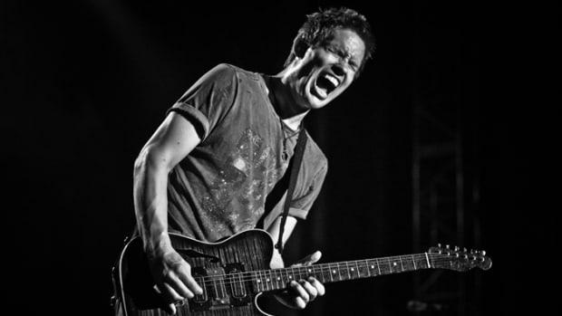 Jonny Lang in concert. Photo by Joe Ryan.