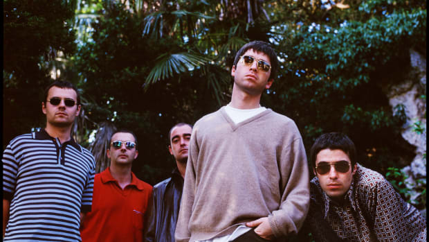 Oasis in London 1997 -- Photo by Jill Furmanovsky
