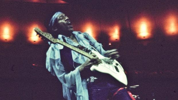 Hendrix-GettyImages-75555089
