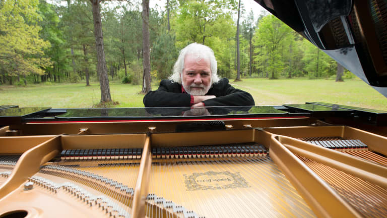 "Rolling Stones' pianist Chuck Leavell explores his ""roots"""
