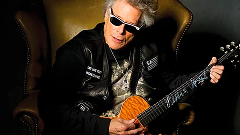 Fabulous Flip Sides In Memoriam – Mountain's Leslie West