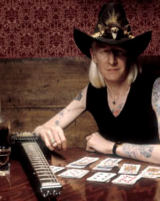 Johnny Winter photo by Paul Natkin