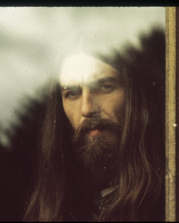 George Harrison-ATMP-Through The Window-Photo by Barry Feinstein