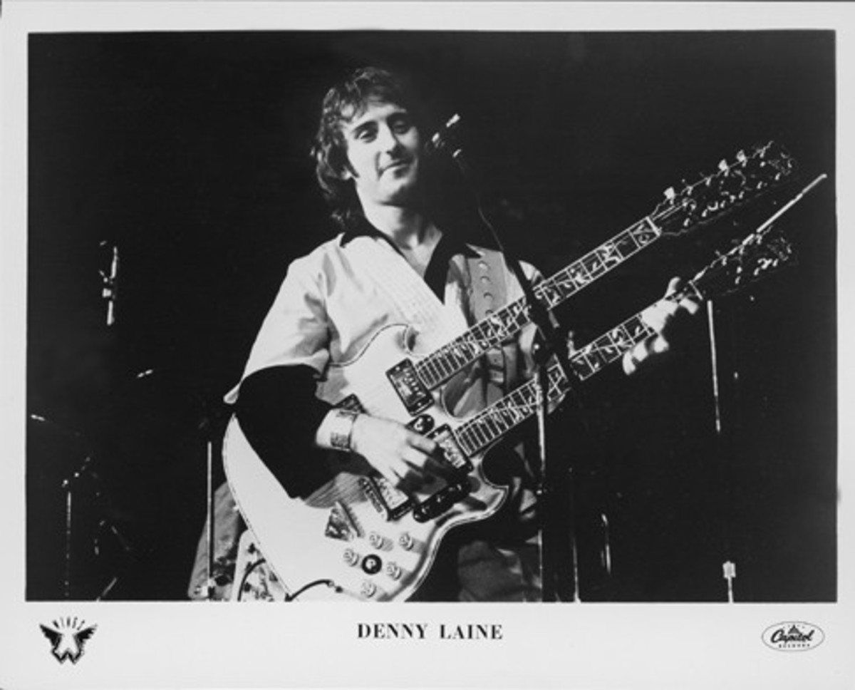 Vintage Wings (Capitol Records) publicity photo of Denny Laine.