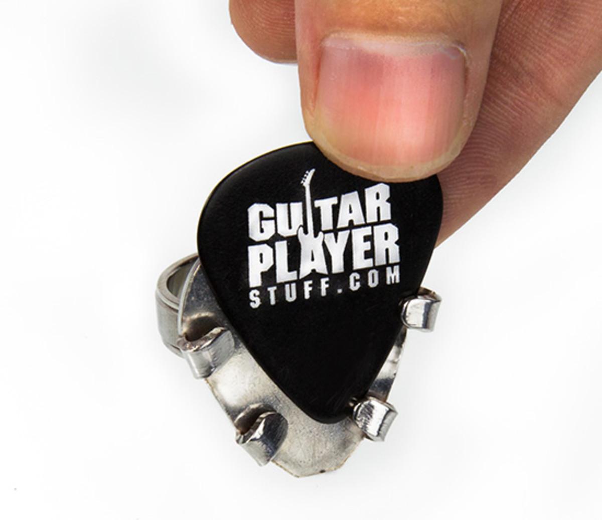 13_guitar-pick-ring_20140829_015352