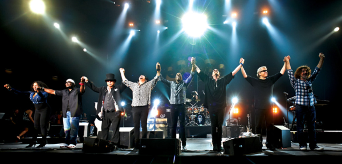 "Toto and supporting musicians take a bow during the ""Live In Poland"" performance. Photo credit Darek Kawka."