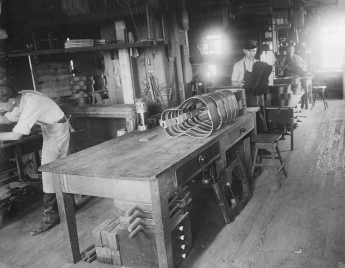 Martin Guitar North Street factory in Nazareth, Pa., 1912
