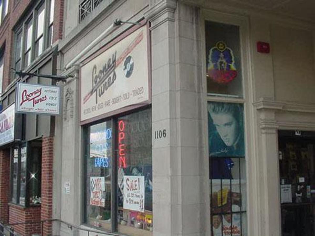 Looney Tunes Records in Boston