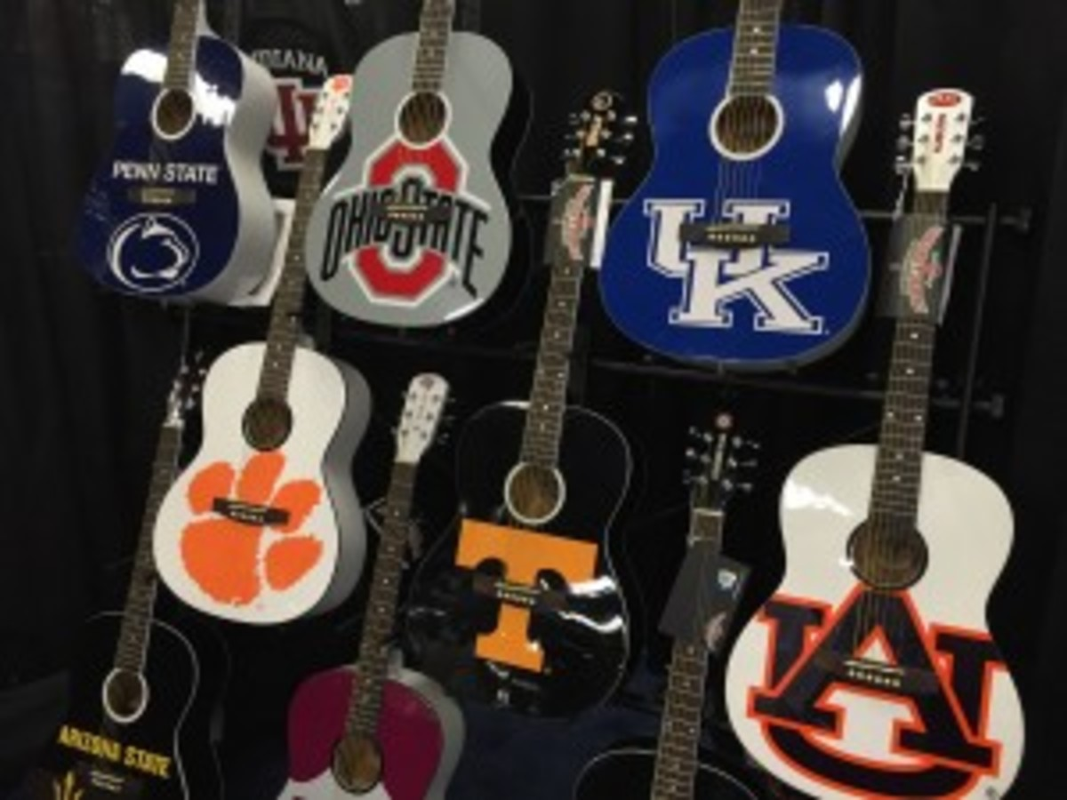 College Guitars