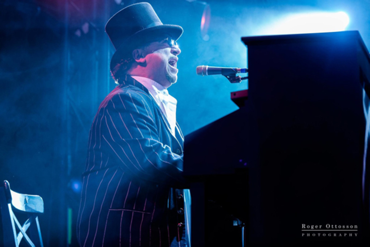 David Paich Toto keyboardist publicity photo