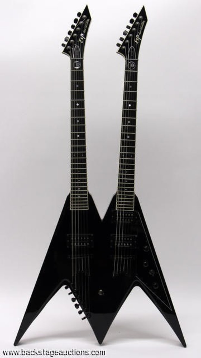 Dave Mustaine Flying V guitar