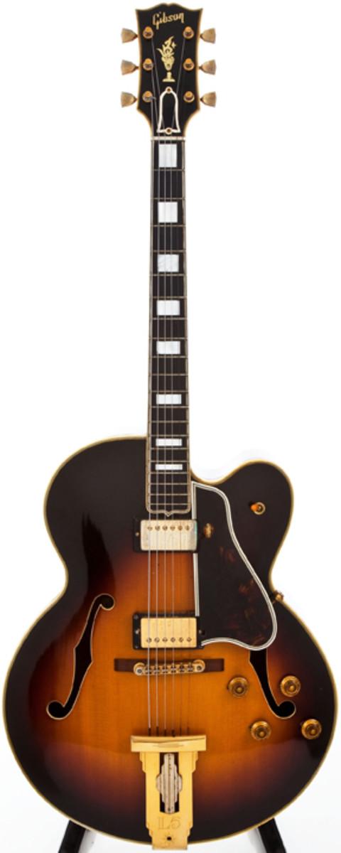 Gibson Sunburst Archtop electric guitar