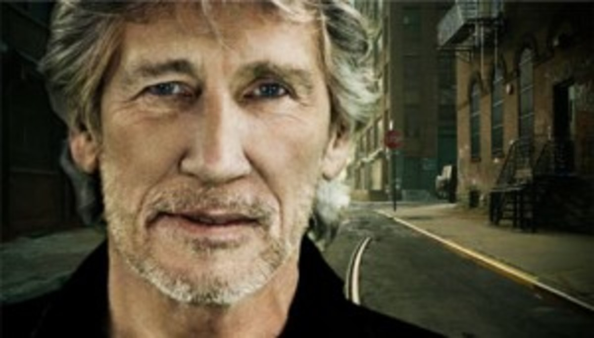 Roger Waters to bring his fans The Wall 2010