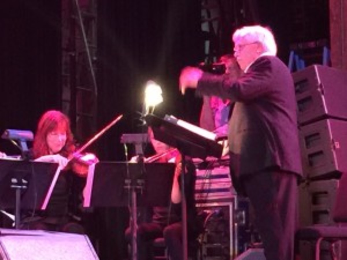 Van Dyke Parks conducting the string section (photo by Jeff Harris)