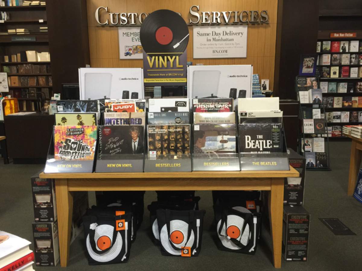 An up-front vinyl records display in Barnes & Noble. Photo courtesy of Barnes & Noble