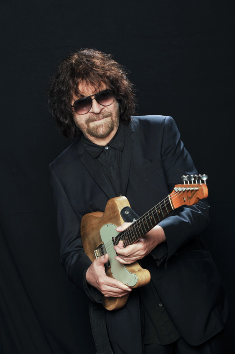 Jeff Lynne Publicity photo courtesy Frontiers
