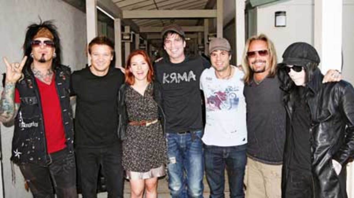 Pictured from L-R: Nikki Sixx, Jeremy Renner, Scarlett Johansson, Tommy Lee, Mark Ruffalo, Vince Neil and Mick Mars.* Photo credit: Bobby Hewitt.
