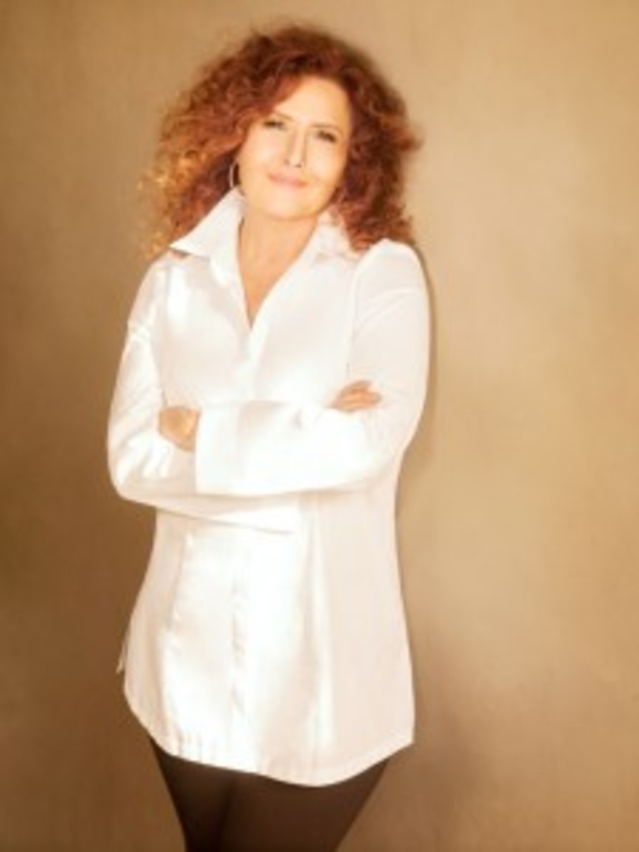 With her first new studio album in a decade, Melissa Manchester is back on tour and loving life. Photo by Randee St. Nicholas
