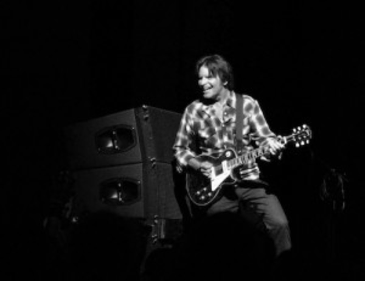 John Fogerty in action at the Moody Theater. (Photo by Chris M. Junior)