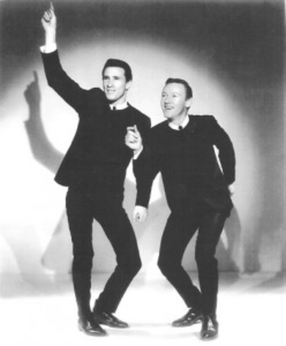 Publicity photo of the Righteous Brothers