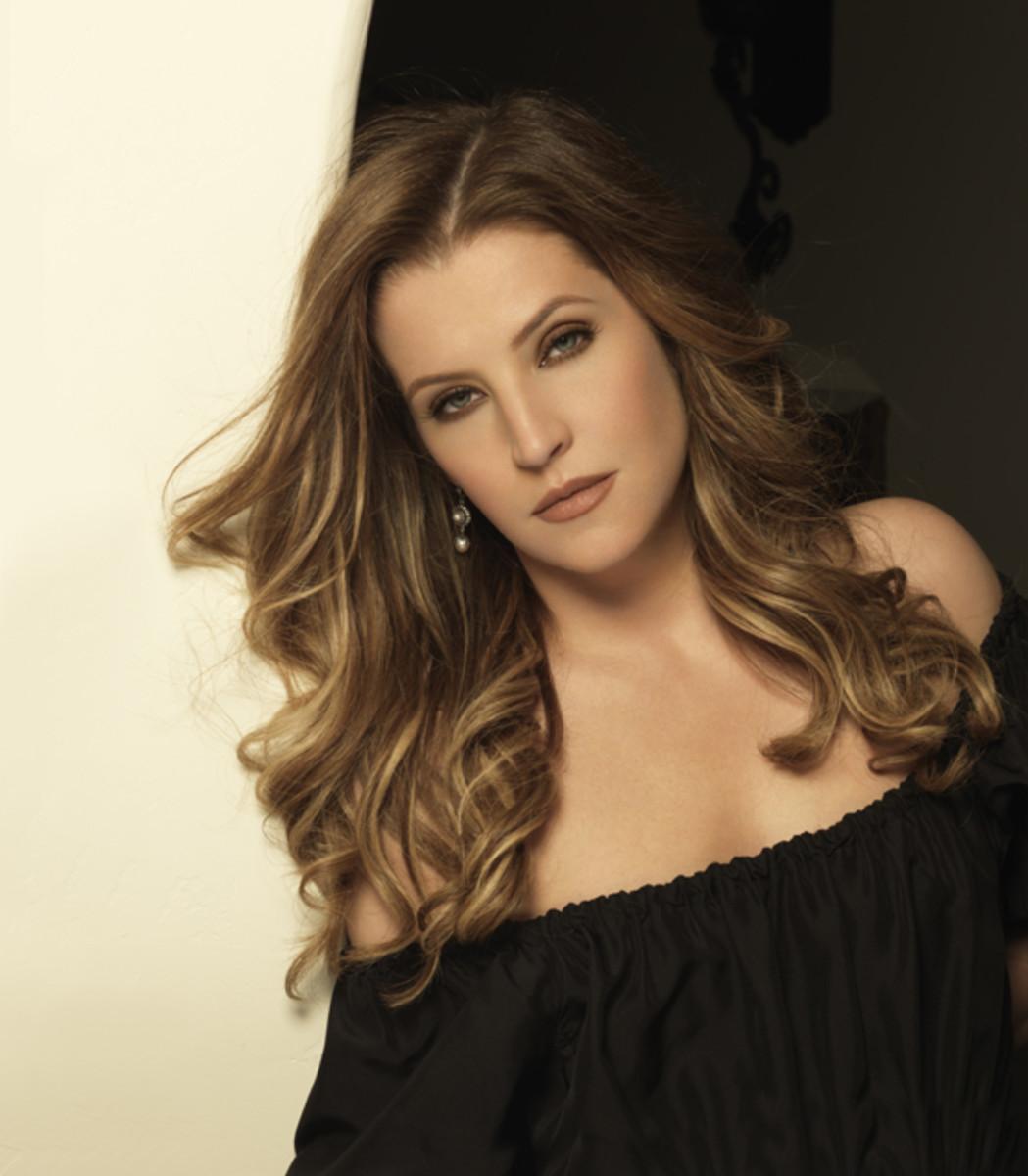 Lisa Marie Presley photo by Kevin Hees