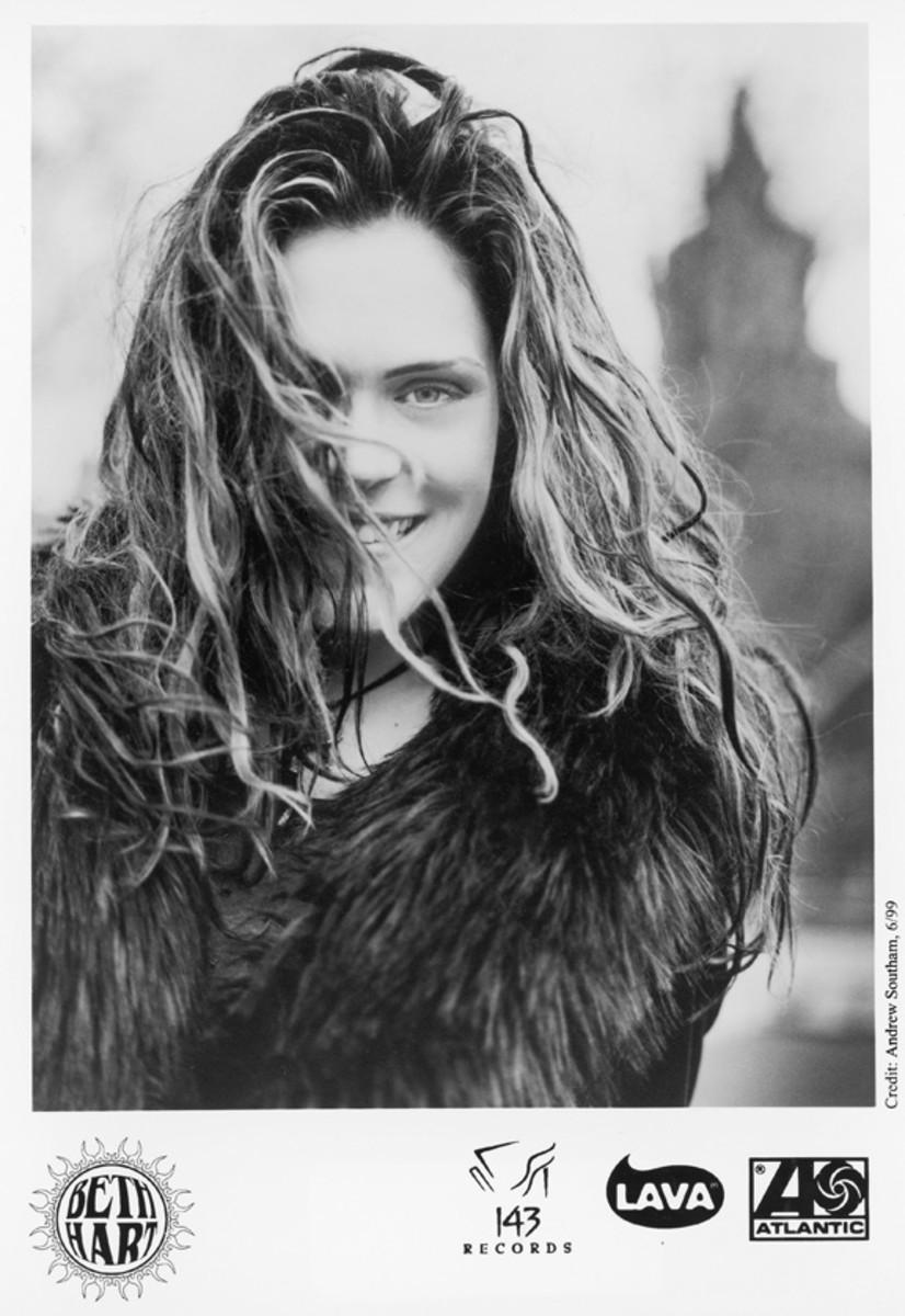 Beth Hart 1999 publicity photo